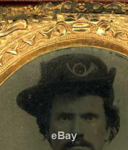 1860's CIVIL WAR UNION SOLDIER HARDEE HAT 1/6 PLATE TINTYPE THERMOPLASTIC CASE