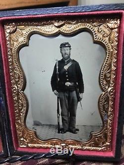 1/4 Plate Armed CIVIL WAR SOLDIER with Kepi, Cap Box, Cross Belt, Waist Belt, Musk