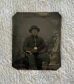 1/6 Tintype Civil War Cavalry Soldier Armed with Sword Antique Tin Photo Full Case