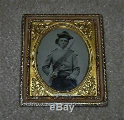 1/6 th Civil War Armed Soldier With Saber and tricorn Hat