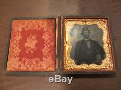 ANTIQUE OLD ORIGINAL 1800s CIVIL WAR ERA PHOTO OF MAN With KEPI HAT IN GOOD CASE