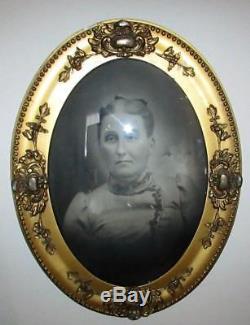 Antique Gilt Gesso Frame 25 x 19 Civil War Era Type Photo Convex Bubble Glass