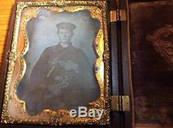 CASED CIVIL WAR TINTYPE PHOTO OF E. A Hannaford UNION SOLDIER In PHOTOGRAPH CASE