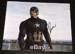 CHRIS EVANS SIGNED AUTOGRAPH CAPTAIN AMERICA CIVIL WAR CLASSIC POSE 8x10 PHOTO