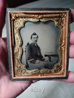 CIVIL War Union Cavalry Soldier Tintype Photograph Cased Image Vg-estate Find