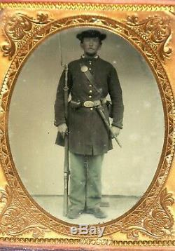 Civil War Photograph US Soldier Armed Rifle Musket Bayonet 1/4 Plate