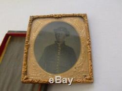 Civil War Soldier Cased Tin Type Uniform Jacket High Collar slouch Hat