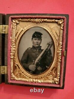 Civil War Soldier Tintype With Rifle