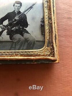 Civil War Union Soldier 6th 1/6 Plate Ambrotype Photo Uniform Rifle Half Case