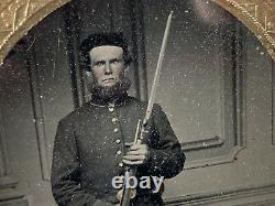 Civil War tin type Photo Soldier with Rifle