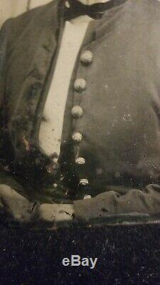 Civil War tin type of Texas Confederate Soldier Bowie Knife Texas Star Buttons