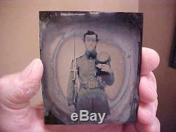 ID'ed Civil War Soldier Ambrotype Photo with Hat Marked 9th NEW HAMPSHIRE INF Vols