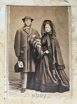 ORIGINAL CIVIL WAR COUPLE MOURNING CDV in GREAT SEAL of the U. S. CASE c1862-1863