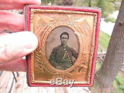 Orginal 1861-1865 CIVIL War Soldier Tintype In A Union Case Flags, Eagle, Cannon