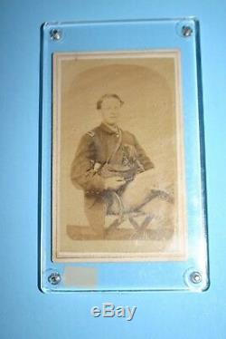 Orig. CIVIL War Soldier Officer CDV Photo Lt. Tower 22nd Ny Cavalry Pistol, Sword