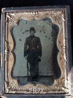 RARE Civil War Ambrotype Photograph Of Union Infantryman. Original