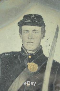 Rare Civil War Era Full Plate Tintype Photograph Union Infantry Soldier Armed