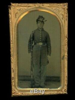 Rare & ORIGINAL 1/8th Plate Civil War Union Soldier Tintype Photograph. HISTORY